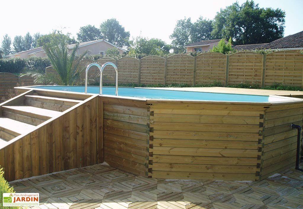 piscina in legno con scala