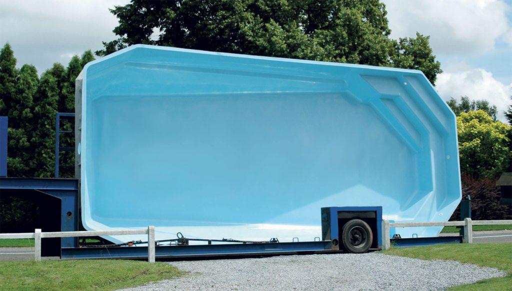 trasporto piscina in vetroresina